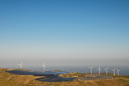 Photo pour Power Plant Renewable Energy Wind Turbines and Solar Panels - image libre de droit