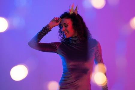 Photo pour Portrait of beautiful woman with crown. Celebration, Birthday. - image libre de droit