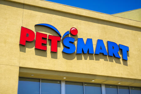 August 6, 2017 Mountain View/CA/USA - Petsmart logo above the store entrance, San Francisco bay area