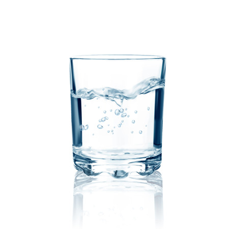 Illustration pour Glass with water isolated. Vector illustration - image libre de droit
