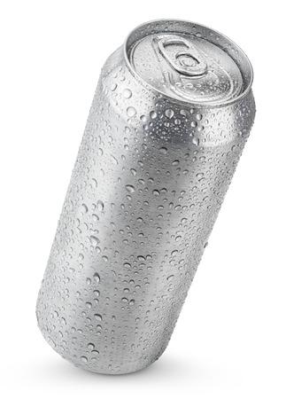 Foto de 500 ml aluminum beer can with water drops isolated on white - Imagen libre de derechos