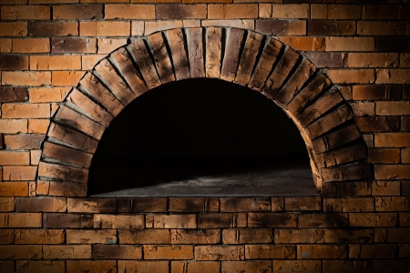 Photo pour A traditional oven for cooking and baking pizza   - image libre de droit