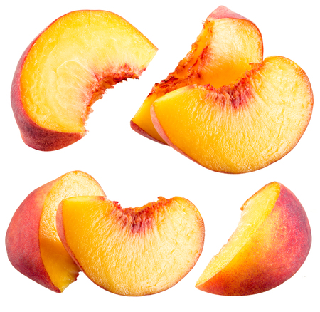 Photo pour Peach slices isolated on white background - image libre de droit