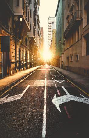 Photo pour Empty road of a city at sunset. - image libre de droit
