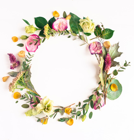Foto de Flowers composition with place for text. Frame made of fresh flowers. Flat lay, top view - Imagen libre de derechos