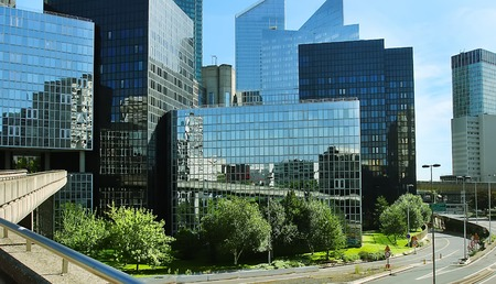 Photo pour Modern buildings in the business district of La Defense to the west of Paris, France. - image libre de droit