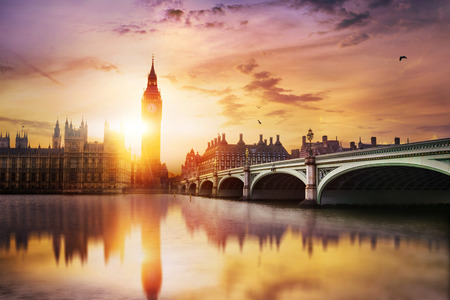 Photo pour Big Ben and Westminster Bridge at dusk, London, UK - image libre de droit