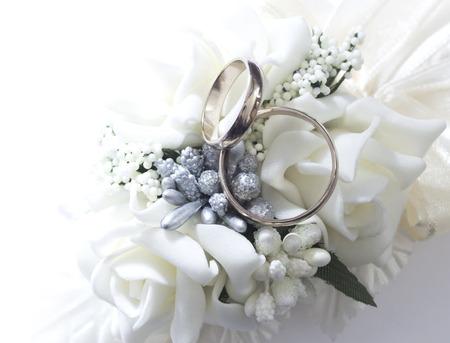 Foto de wedding rings - Imagen libre de derechos