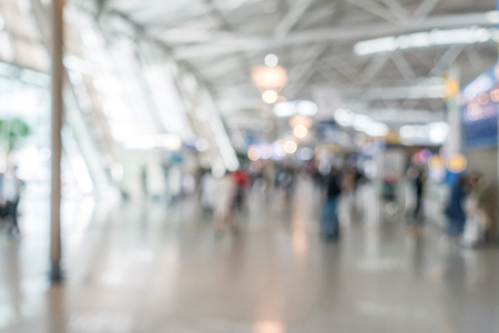 Photo pour Abstrast Blurred background : airport departure terminal area - image libre de droit
