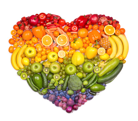 Foto de Rainbow heart of fruits and vegetables - Imagen libre de derechos