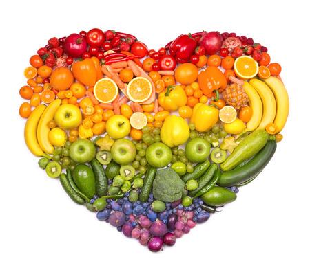 Photo pour Rainbow heart of fruits and vegetables - image libre de droit