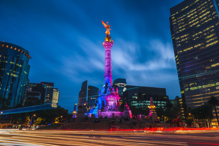 Photo pour The Angel of Independence in Mexico City, Mexico. - image libre de droit