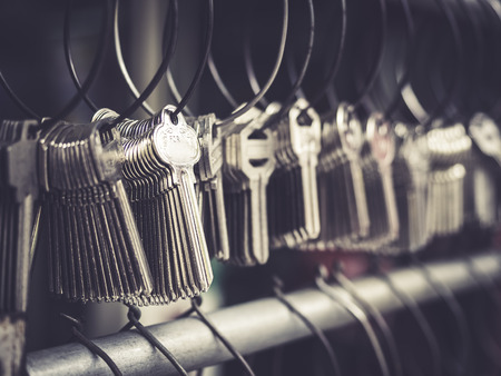 Foto de Locksmith Key shop Business Various Key chains in bunches - Imagen libre de derechos