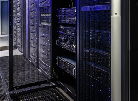 Foto de room with rows of server hardware in the data center - Imagen libre de derechos