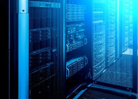 Foto de room with rows of server hardware in the data center - Imagen libre de derechos