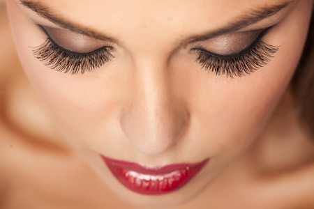 Photo pour Makeup and artificial eyelashes - image libre de droit