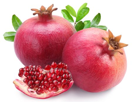 Photo pour Juicy pomegranates and its section. Isolated on a white background.  - image libre de droit