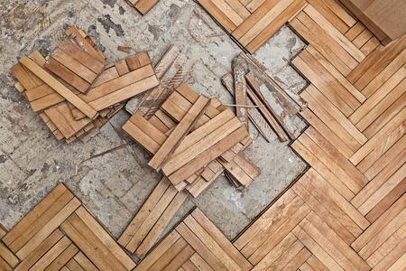 Foto de Ruined flooring from moisture and water - Imagen libre de derechos