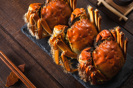 Photo pour Fat and beautiful crabs - image libre de droit