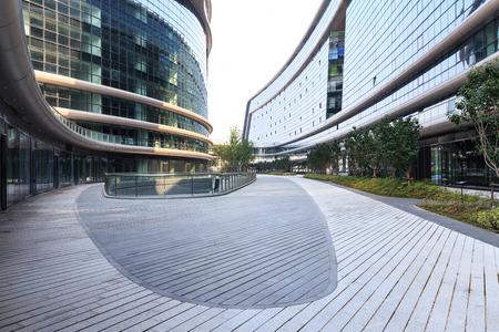 Foto de City office building - Imagen libre de derechos