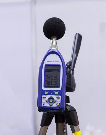 Photo pour a sound level meter and analyzer measuring ; selective focus - image libre de droit