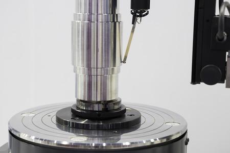 Photo pour stylus of roundness tester measuring part - image libre de droit