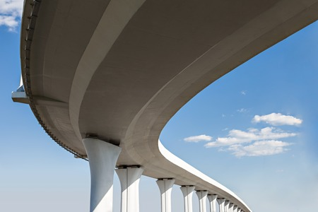Photo pour Underside of an elevated roads - image libre de droit