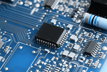 Photo pour Microchips on a circuit board - image libre de droit