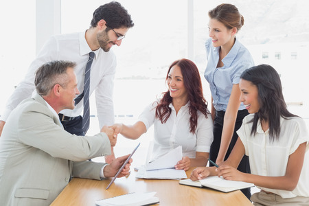 Foto de Business team in a meeting at work - Imagen libre de derechos
