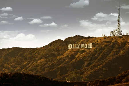 Photo pour Famous Hollywood Hills in California, USA. Hollywood Sign.  - image libre de droit