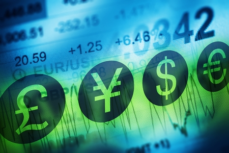Foto de Forex Currency Trading Concept. Financial Markets and Global Economy Concept. United Kingdon Pund, European Euro, American Dollar and Japanese Yen Currency - Imagen libre de derechos
