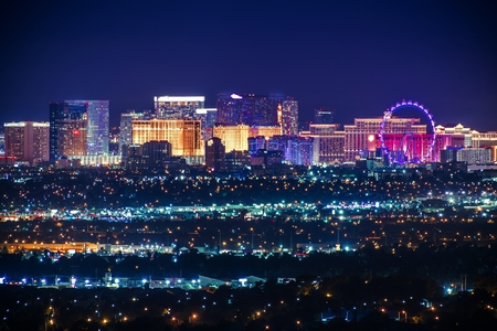 Foto de Nevada USA City of Las Vegas Skyline and Cityscape at Night. - Imagen libre de derechos
