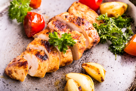 Photo pour Grilled chicken breast in different variations  - image libre de droit