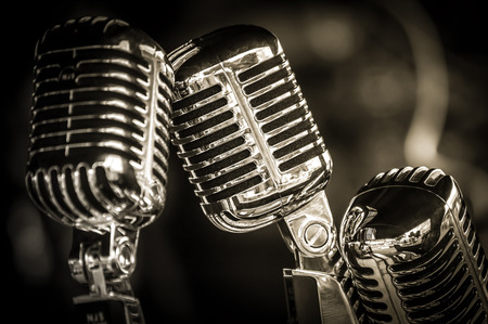 Photo pour closeup of chromed retro recording studio microphones - image libre de droit