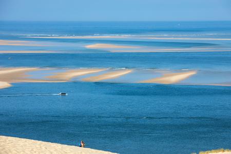 Photo pour View from the Dune of Pilat, the tallest sand dune in Europe. La Teste-de-Buch, Arcachon Bay, Aquitaine, France - image libre de droit