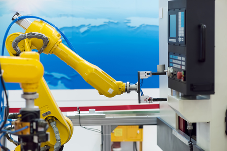 Photo pour robotic hand machine tool at industrial manufacture factory - image libre de droit