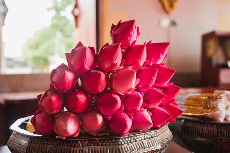 Foto de lotus for Buddhist religious ceremony - Imagen libre de derechos