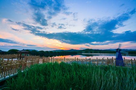 Photo pour Hongsong Lake scenery - image libre de droit
