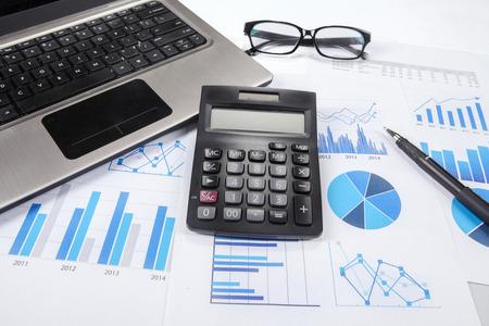 Foto de Business finance, tax, accounting, statistics and analytic research concept - Imagen libre de derechos