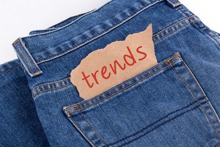 Photo pour trends label in jeans pocket - image libre de droit