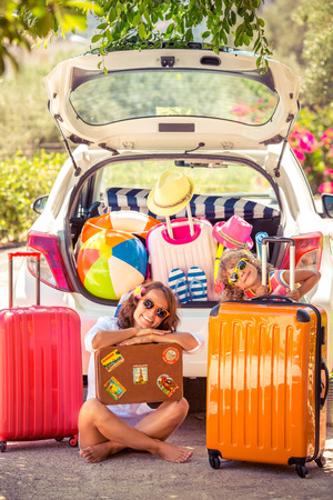 Photo pour Family going on summer vacation. Car travel concept - image libre de droit
