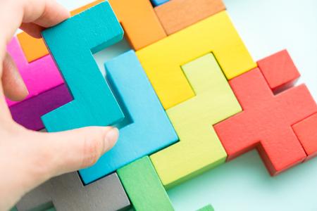 Foto de Puzzle on wooden boards team business concept - Imagen libre de derechos