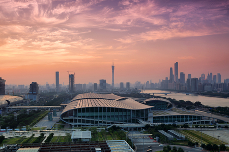 Photo pour Evening scene of Pazhou Convention and Exhibition Center in Guangzhou - image libre de droit