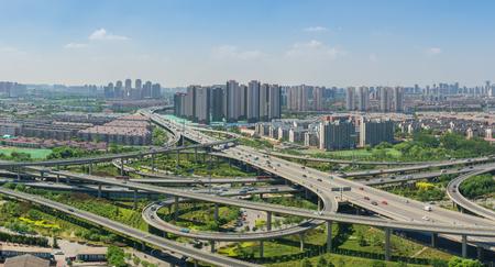 Photo pour Tianjin Kunming bridge, Tianjin, China - image libre de droit