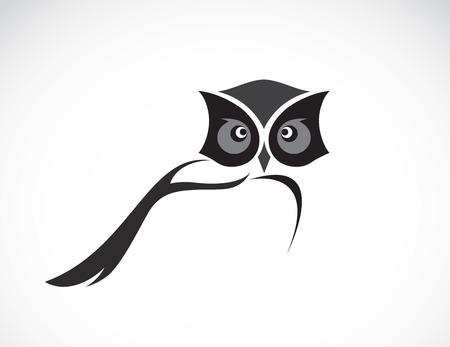 Ilustración de Vector image of an owl design on white background - Imagen libre de derechos