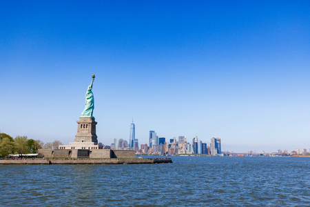 Photo pour The Statue of Liberty in New York City against the blue sky - image libre de droit