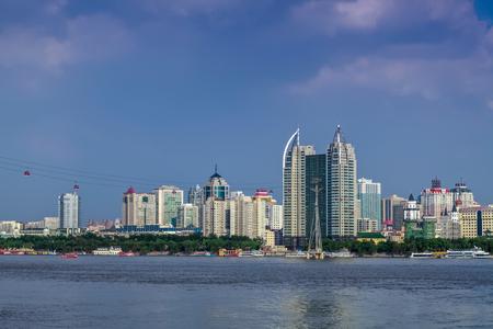 Foto de The Bund architectural landscape of Songhua River, Harbin, Heilongjiang - Imagen libre de derechos