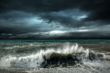 Foto de View of storm seascape - Imagen libre de derechos