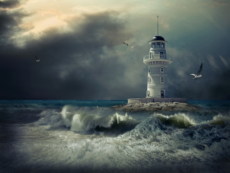 Foto de Lighthouse on the sea under sky. - Imagen libre de derechos