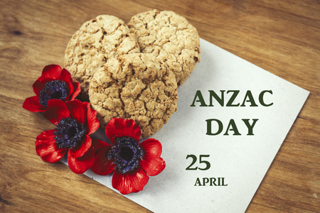 Foto de Australian cookies Anzac with Anzac DAy so we do not forget the message about the dark forest and slide. 25th of April. - Imagen libre de derechos